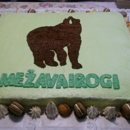Biezpiena -zemeņu torte 12 kg.